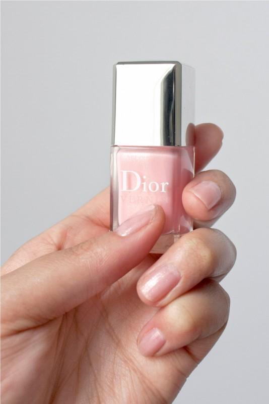 Dior - Dior Vernis Nail Varnish in 253 Rose Dauphine/Pink Icing ...