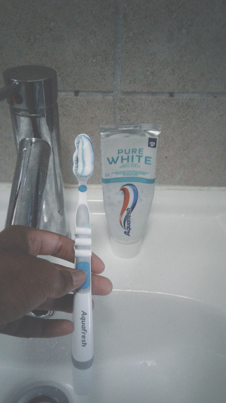 Aquafresh Pure White Soft Mint