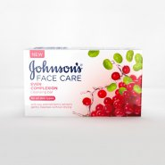 Johnson's® Even Complexion Cleansing Bar