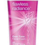 Ponds Flawless Radiance Beauty Facial Foam 1
