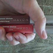 Avon Ultra Glazewear Absolute
