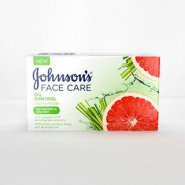 Johnson's® Oil Control Cleansing Bar